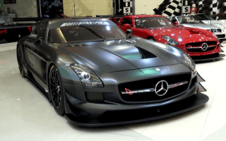 Sheikh showcases amazing car collection
