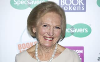 Mary Berry pie 'just a casserole with a lid', food fans complain