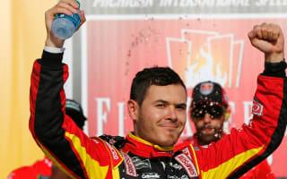 Larson denies Elliott first Cup Series win