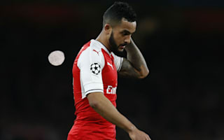 Players must fight for Wenger, not fight each other - Walcott