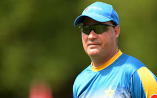 Pakistan fielding unacceptable - Arthur