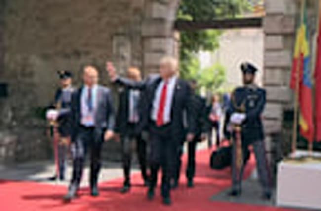 Donald Trump leaves Italy's Taormina at end of summit