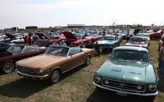 Ford Mustang parade celebrates icon's 50th birthday