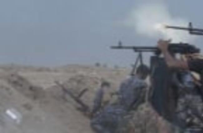 Iraqi Gov't Forces Battle IS Near Fallujah