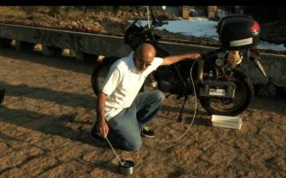 Brazilian mechanic creates water-powered motorbike
