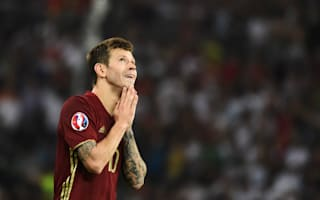 Russia star Smolov: If fans want to fight, they should do so outside the stadium