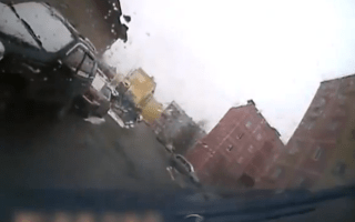 Russian taxi driver flips car while fleeing from prang