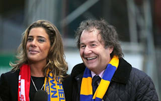 Mansfield Town manager gifted Aston Martin for 8-1 win