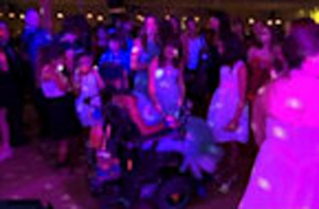 Hundreds Attend Prom For Dying Wisconsin Teen