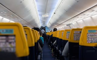 Is Ryanair splitting up families who don't pay to sit together?