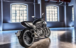 First Ride: Ducati Diavel Carbon
