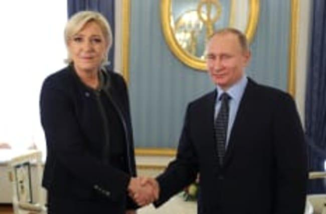 Marine Le Pen rencontre le président Vladimir Poutine