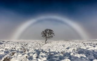 Beautiful white rainbow appears in Scotland