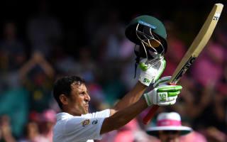 Younis wants 10,000 runs before retirement