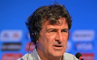 Kempes makes Valencia job offer
