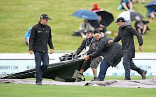 New Zealand make decent start before rain abandons play