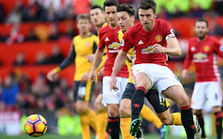 Mourinho hints at new United deal for Carrick