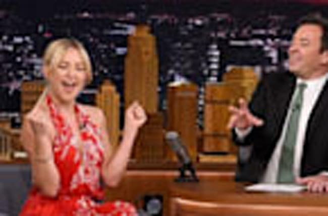 Watch Kate Hudson Belt Out En Vogue's 'Hold On'!