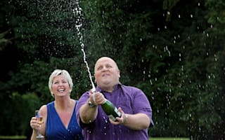 £148m Lottery winner furious when friends go to the papers about rent dispute