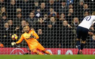 Pochettino hails Kane as among world's best strikers