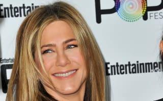 Jennifer Aniston pops in to SNL to meet... Rachel Green