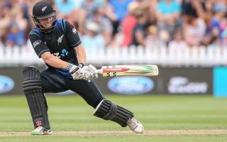 New Zealand overcome nervy start to beat Pakistan