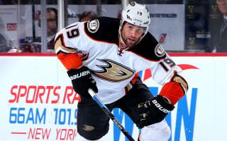 Ducks win again, Lightning down Penguins