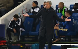 Hoddle surprised by Mourinho's Chelsea exit
