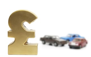UK drivers paying'£120' loyalty to insurers