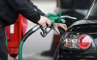 New cars 'should use less fuel'