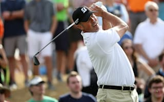 Kuchar earns Phoenix Open lead