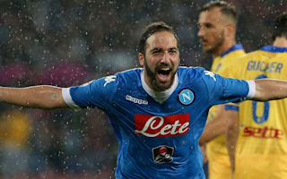 Napoli 4 Frosinone 0: Record-breaking Higuain clinches automatic Champions League spot