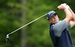 Kelly and Stricker go 16 under to lead in Naples