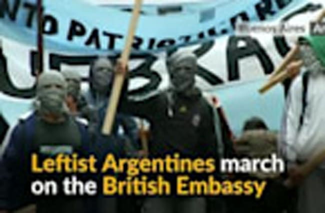 Argentine leftists protest against UK military exercises in Falkland Islands