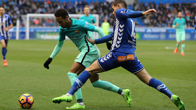 One fan seriously injured in Alaves-Barca clashes