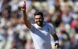 Anderson reclaims number one spot