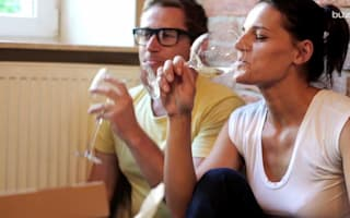 Couples who drink alcohol 'more likely to stay together'