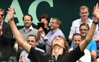 Zverev shocks Federer in Halle to book Mayer final