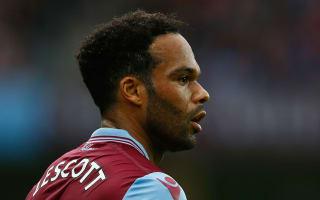 Sunderland sign Lescott