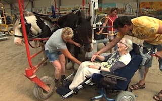 Woman with Parkinson's gets to ride horse for the last time