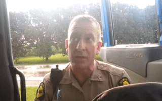 Video: Truck driver pulls over policeman for speeding