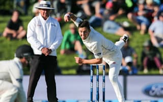 Boult ruled out of second Test with knee injury