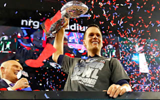 Brady outpaces Father Time to become the greatest ever