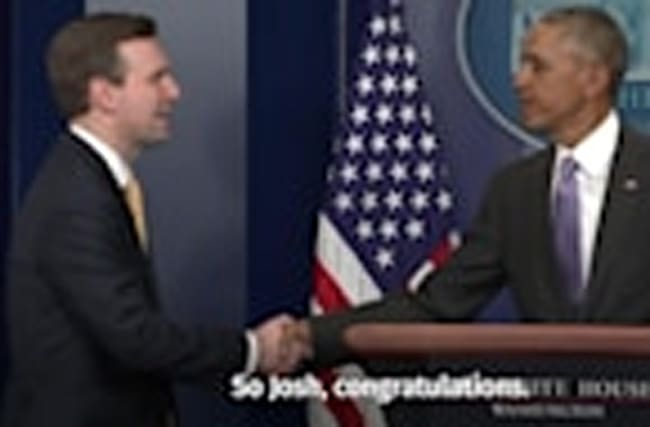 Barack Obama honours his press secretary at final briefing