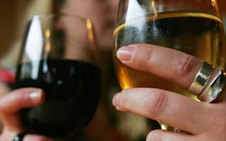Sainsbury's to include calorie counts on wine labels