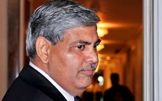 Manohar to stay on as ICC chairman