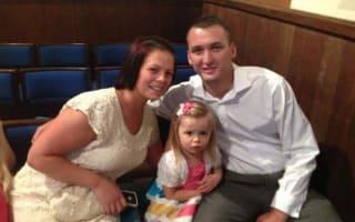 Mum with terminal cancer asks strangers to crowdfund her wedding
