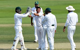 Pakistan closing in on series victory