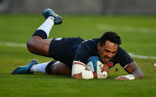 Solomona snatches stunning victory for England over Pumas