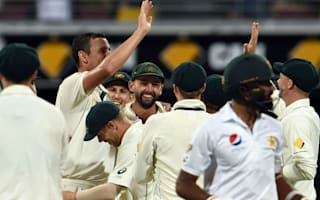 Pakistan wickets tumble as Australia seize control